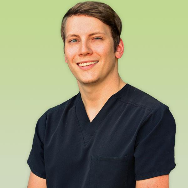 James Alvis DDS, Rainelle Medical Center